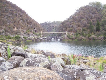 1-cataract-gorge.jpg