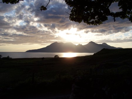 eigg1.jpg